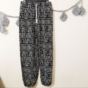 Urban Outfitters Coco Boho Abstract Pants L